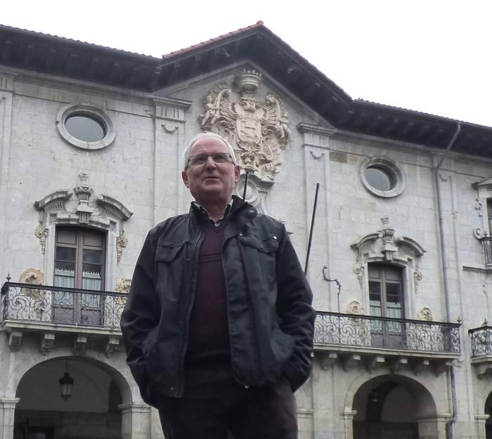 """Jose Mari Balantzategi 'Aizkora': """"Jendaurrean lana egitea ez da erraza, eramaten jakin behar da"""""""