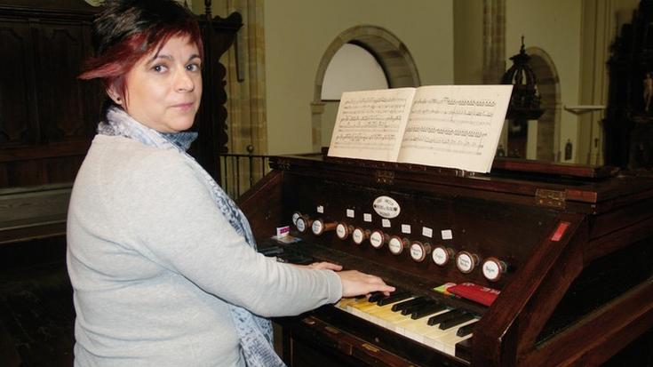 Bost organo-jotzaileren kontzertua, barikuan, Elgetako elizan