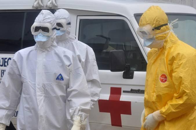 Afrikan ebolari aurre egiteko Kubaren elkartasun eredua hizpide