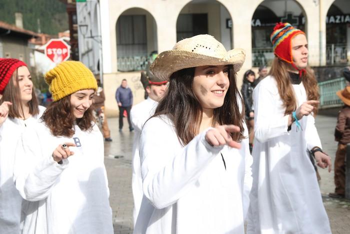 Inauterietako desfilea Aretxabaletan - 11