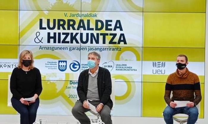 'Lurraldea eta Hizkuntza' jardunaldiak, nazioarteko esperientziei begira