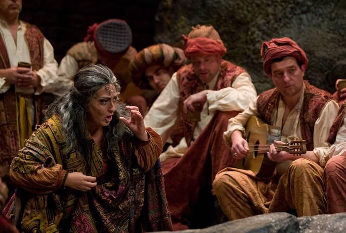 Verdiren 'Il Trovatore' opera etorriko da Arrasatera