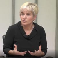 Hitzaldia: 'Rebeka Uberarekin gaurkotasun politikoaz solasean'