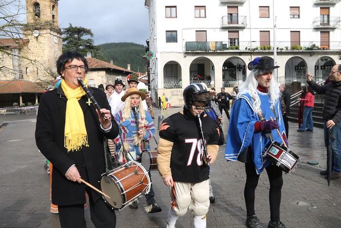 Inauterietako desfilea Aretxabaletan - 7