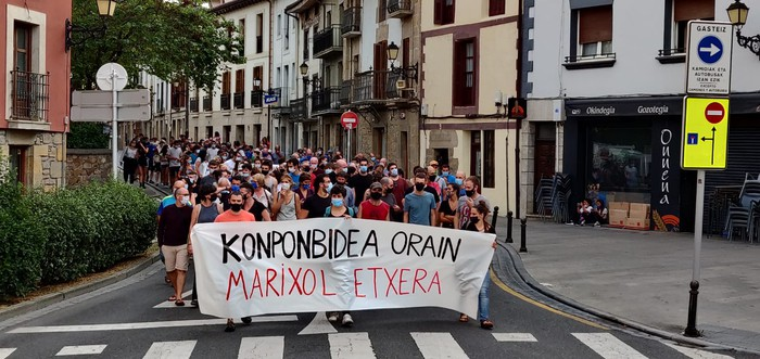 """""""Marixol etxera!"""" ozen oihukatu zuten atzoko manifestazioan"""