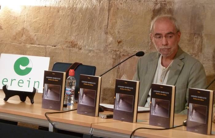 """Gerardo Markuleta: """"Poesiak ez dauka presarik, poetak ez luke behar"""""""
