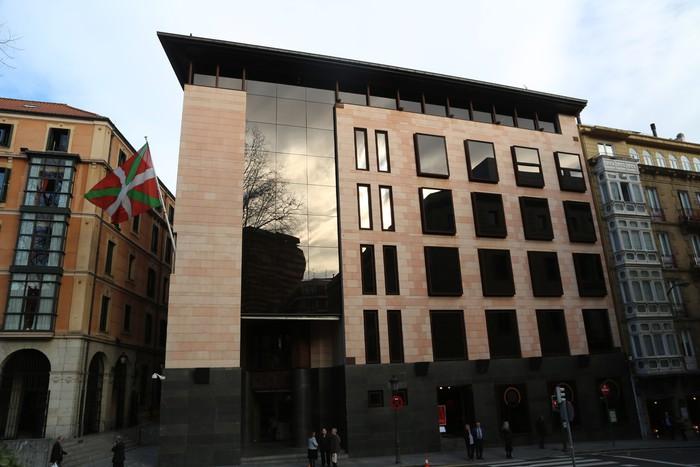 EAJ-PNVko EBBk harriduraz hartu ditu Euskadiko hiru inbertsioren kontra PPk Senatuan aurkeztu dituen zuzenketak