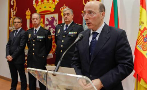 Bergarako eta Antzuolako udalen kontra jo du Urkixo, Espainiako ordezkariak, aktak euskaraz bidaltzearren