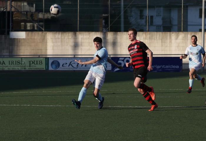 Aretxabaletak 2-1 irabazi dio Mutriku taldeari