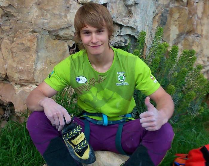 Mikel Linazisorok 9a maila duen 'Begi puntuan' eskalatu du, 15 urterekin