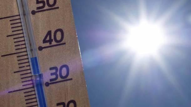 40 graduraino helduko da termometroa Debagoienean