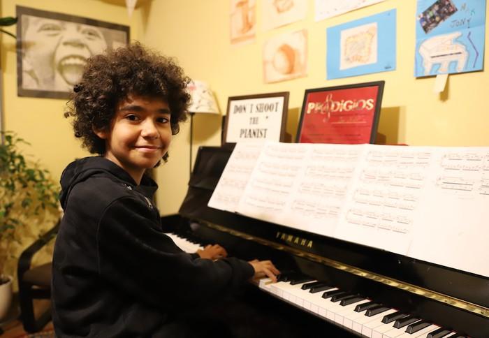 """Jon Mestre Arzuaga (piano-jolea): """"Bizipen hunkigarria eta aberasgarria izan da 'Prodigios' saioa"""""""