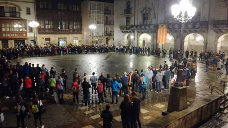 Kataluniaren alde mobilizatzeko deialdia: lapiko-jotzea eta itzalaldia