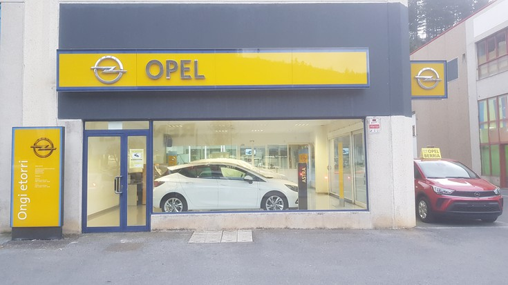 Takolo autoak - Opel zerbitzua
