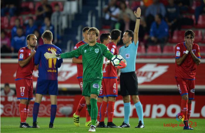 Levantek Aitor Fernandez fitxatu du