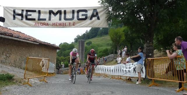 Andoaingo Koldo Velascok esprint estuan irabazi du Arantzazuko Igoera