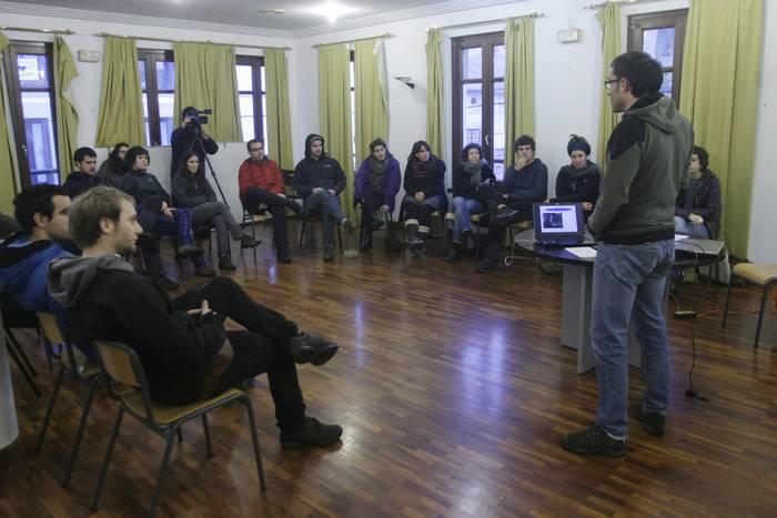 Espainiako Konstituzioaren egunari intsumiso