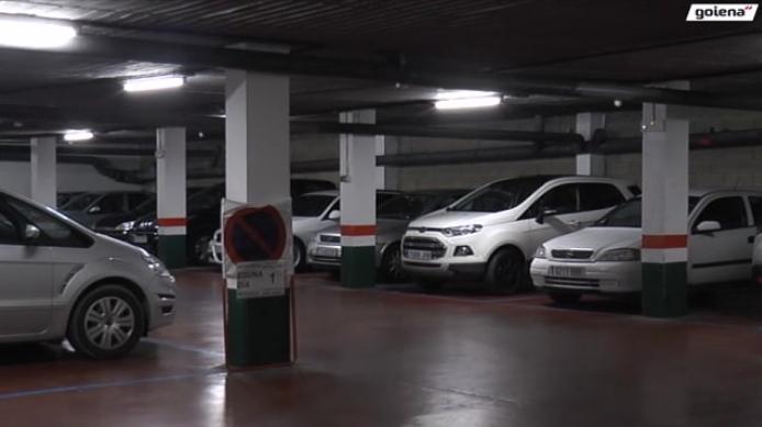 Parking publikoa itxita bihar
