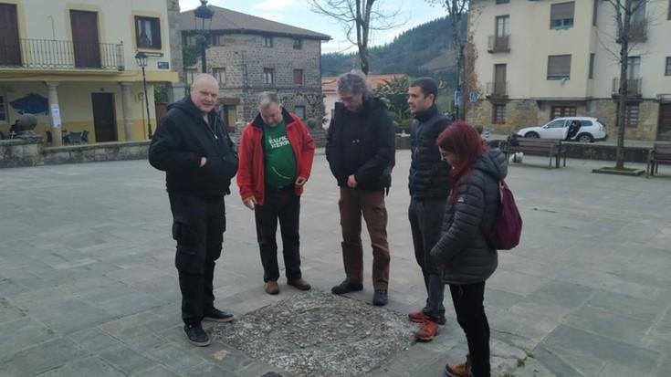 Bernd Langer aktibista eta historialari alemaniarra, Elgetan