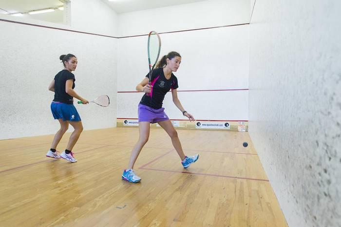 Tenis-squash-padel txapelketa azkarra jokatuko dute hilaren 14an, Erain taldeak antolatuta