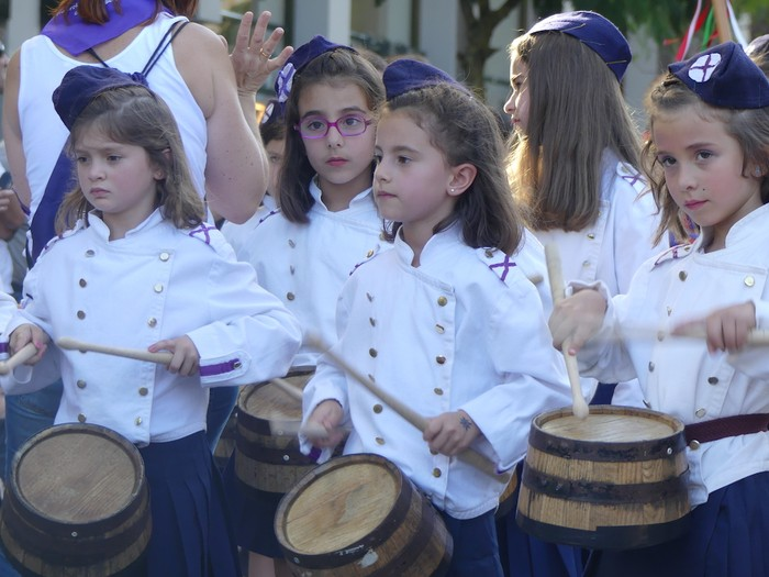Txikitxoenek San Juan festetan murgildu dute herria - 14