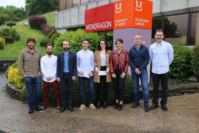 Mondragon Unibertsiteak eta Mondragonek gradu-amaierako euskarazko proiektuak saritu dituzte
