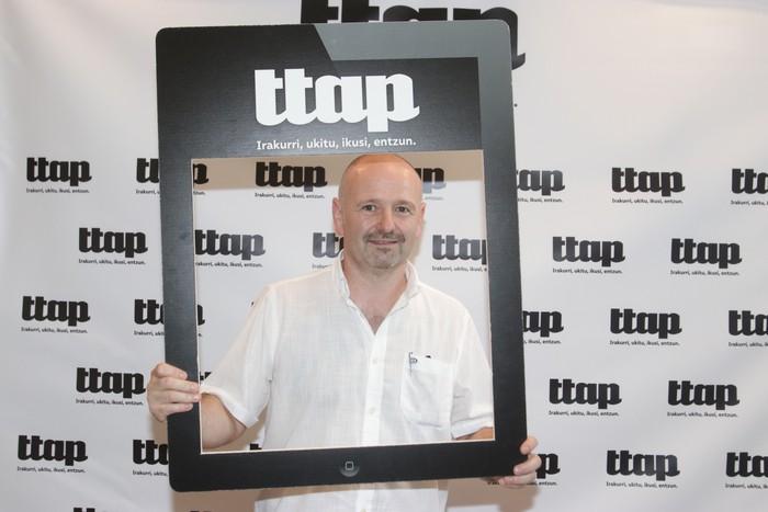 'Ttap' aldizkaria ezagutzeko jende asko elkartu da Donostian - 13