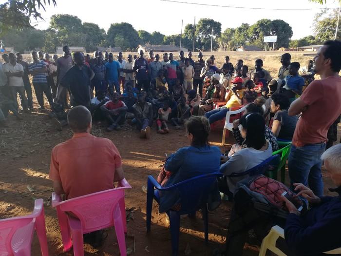 Mundukideko ordezkariek Mozambikeko Niassa probintziako nekazariak bisitatu dituzte