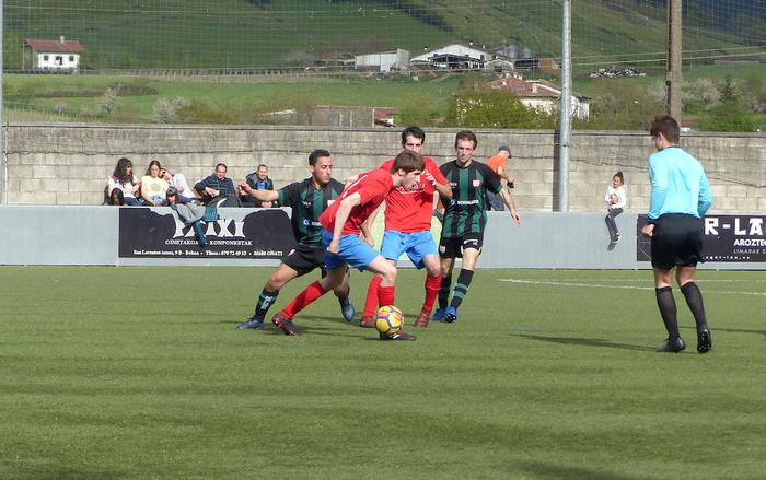 Aloña Mendi nagusitu da Soraluzeren aurrean (4-0)