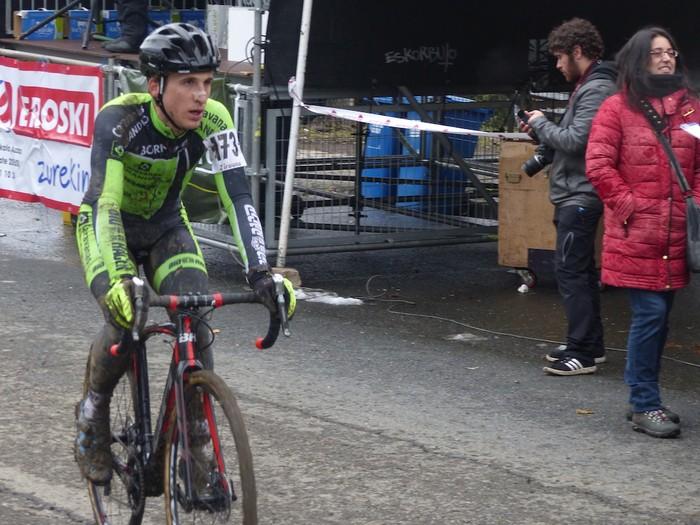 Ruiz de Larrinaga eta Lekuona garaile Arrasateko ziklo-krosean - 91
