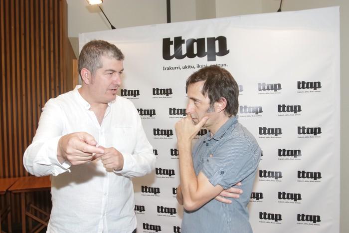 'Ttap' aldizkaria ezagutzeko jende asko elkartu da Donostian - 9
