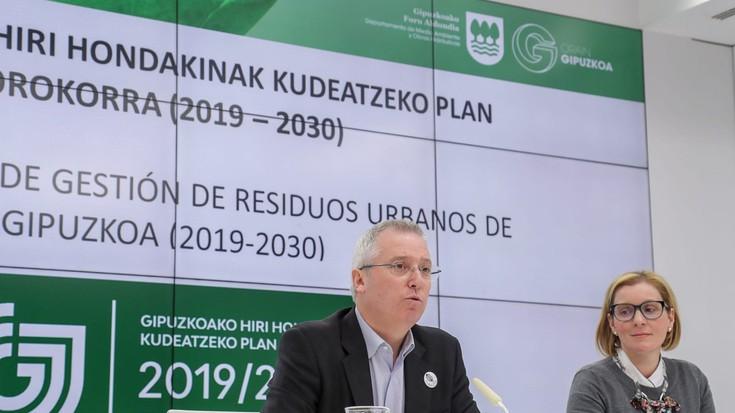 2030erako %70 birziklatzea du helburu Foru Aldundiak, plan berriarekin