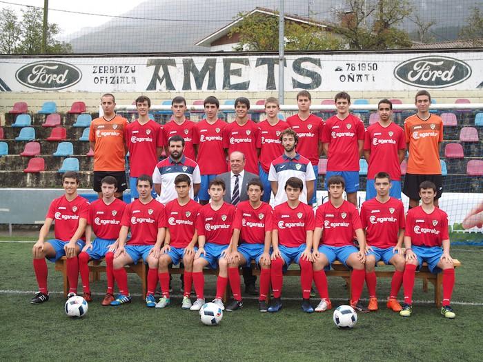 Aloña Mendi Kirol Elkarteko Futbol saileko talde guztiak aurkeztu dituzte - 13