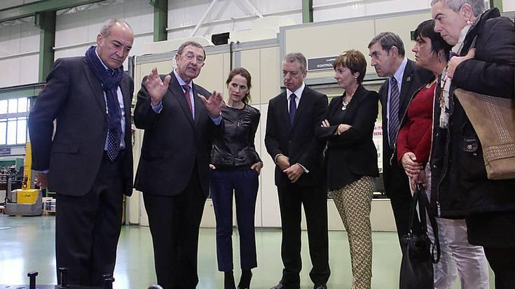 """""""Munduan zehar zabaltzeko borrokan ari den euskal enpresa txikien sinbolo da Lazpiur"""""""