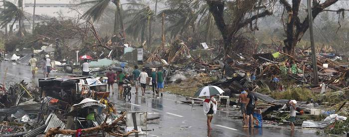 Filipinei laguntzeko kanpaina martxan
