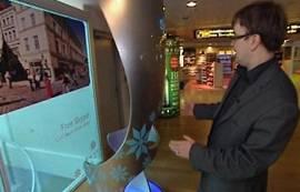 Skype bidezko lehen kabina ipini dute Estonian