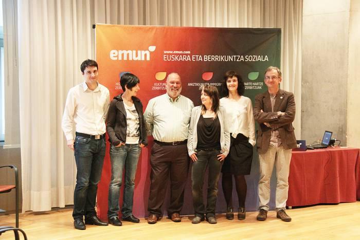 Berrikuntza soziala euskaraz, Emun-en eskutik