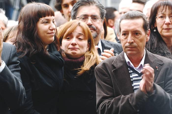 Isaias Carrasco omenduko dute sozialistek domekan