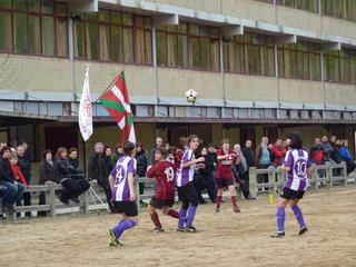Arazo handirik gabe irabazi zuen derbia Mondrak (0-3)