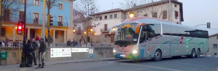 Autobus zerbitzu berezia izango da Elgetako Ferixa Nagusiko jaietara zapatu gauean