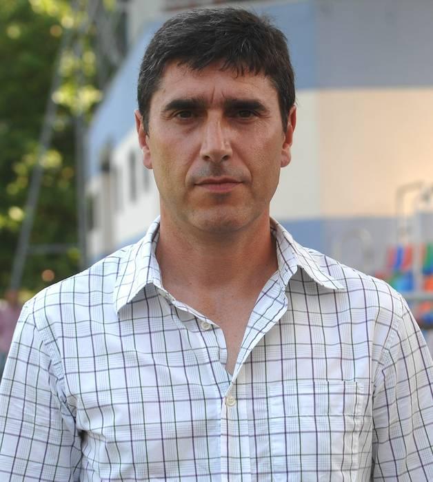 Alberto Albistegik Aretxabaletako entrenatzaile izateari utzi dio