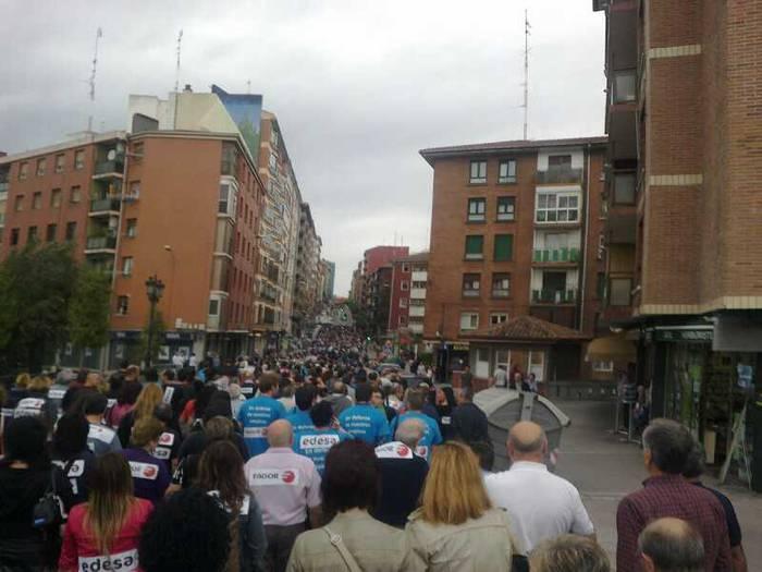"""""""Enpleguen defentsan"""" atera dira Basauriko manifestazioan ere"""