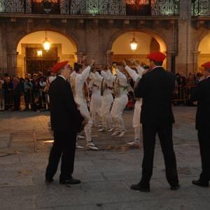 Lore Gazteak dantza taldea