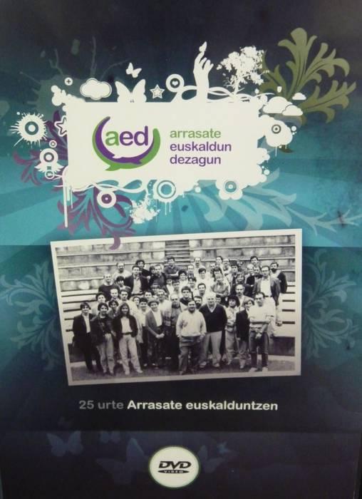 '25 urte Arrasate euskalduntzen' DVDa kalean