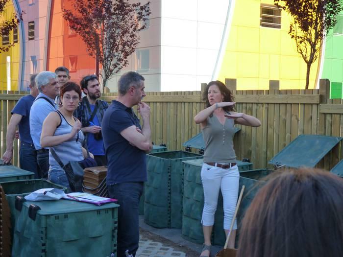Nafarroa etorbideko konpostagailu komunitarioa zabaldu dute