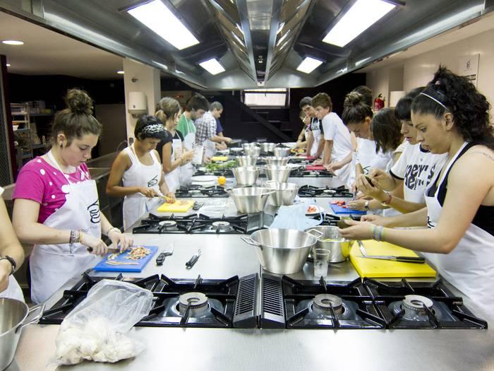Basque Culinary Center sukaldaritza-kanpamentua bihar hasiko da