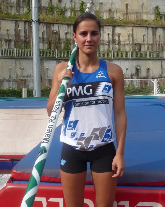Malen Ruiz de Azua atleta, Italia aldera abiatu da gaur goizean Europako Txapelketan lehiatzera