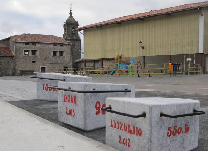 Arratsaldean inauguratuko dute Elosuko plaza eraberritua