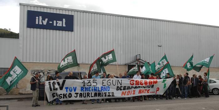 Irungo eta Urnietako IATeko langileak Bergaran protestan