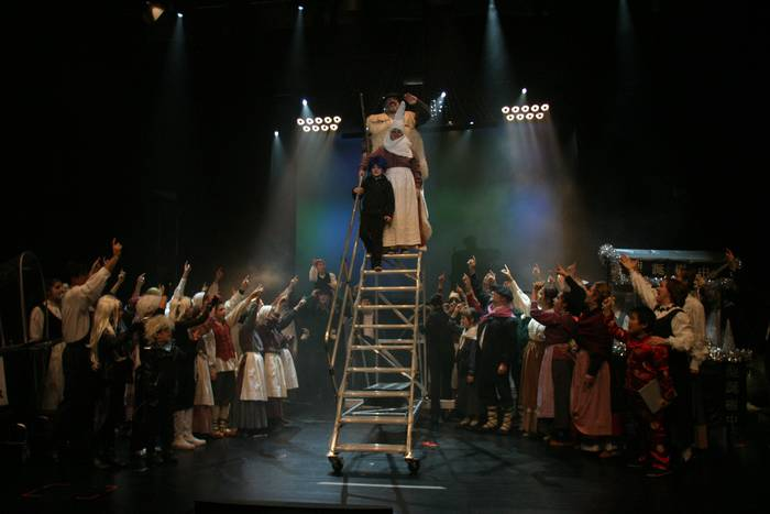 'Olentzero & Co!' musikalaren estreinaldi arrakastatsua
